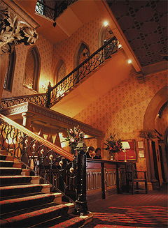 'Scottish Early English' staircase